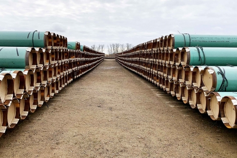Pipe stacked in two rows